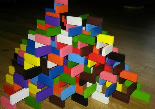 MOKINUKŲ KASDIENYBĖ. Žaidimai su domino...