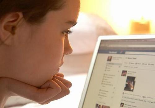 7 būdai, kaip mažinti vaikų patyčias internete