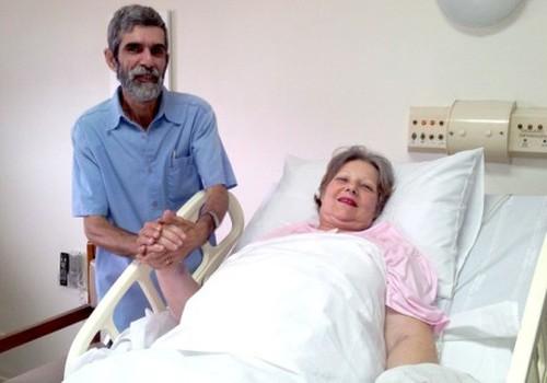 61 –erių brazilė pagimdė dvynukus