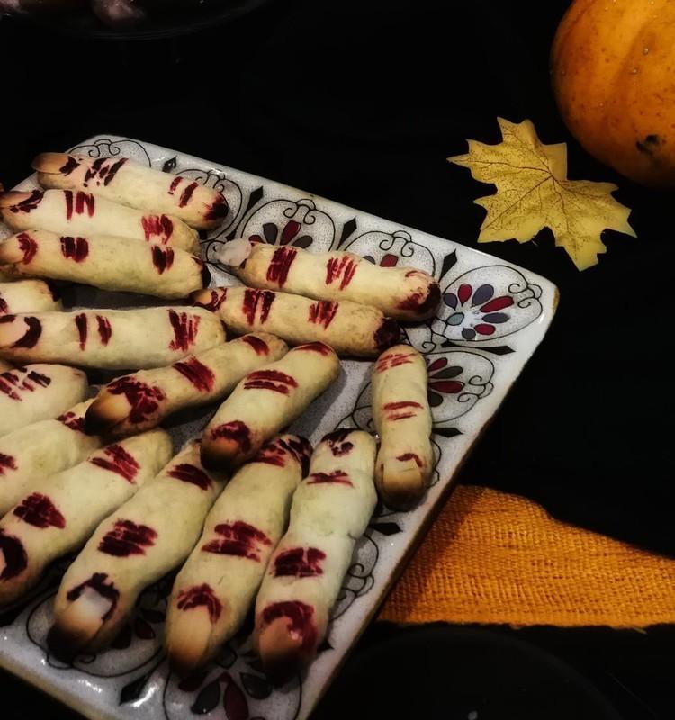 Raganos pirštai - Helovino sausainiai