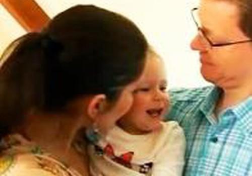"""TV laidos """"Mamyčių klubas"""" vedėjai Eglei gimė sūnus!"""
