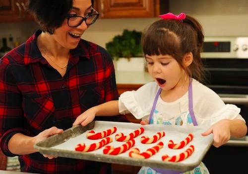 Kalėdiniai skanėstai - ir džiaugsmas, ir išbandymas vaiko organizmui