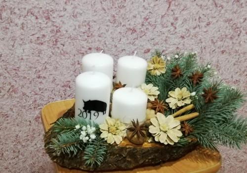 MOKINUKŲ KASDIENYBĖ. Adventinė puokštė ir gėlytės iš kankorėžių