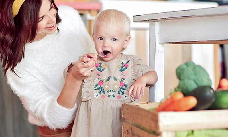 3 mažyliui pritaikyti vakarienės receptai pagal Laurą Mazalienę