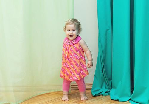 Kineziterapeutė: Kūdikiai mokosi vaikščioti patys - tereikia jiems netrukdyti!
