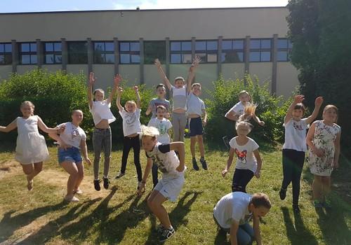 Saulėlydžio šeimos vasara: Paskutinė šių mokslo metų Konrado savaitė mokykloje