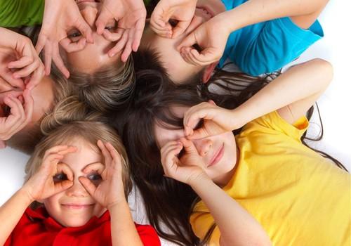 Specialistai pataria: kaip padėti vaikams labiau pasitikėti savimi
