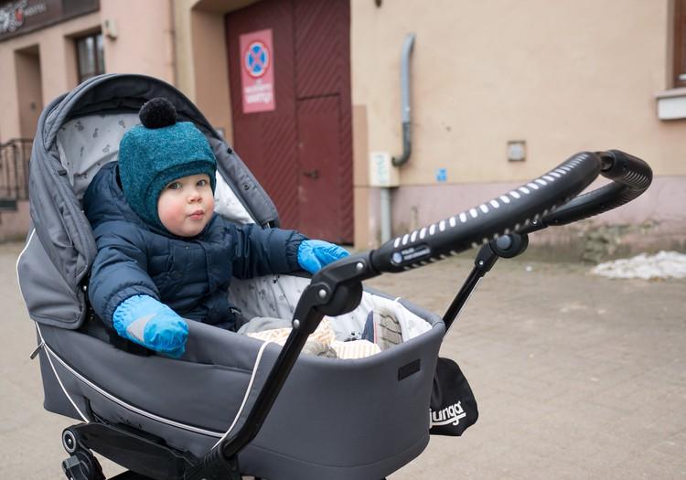 Du mažyliai namuose: Kuom vadovaujuosi augindama pametinukus