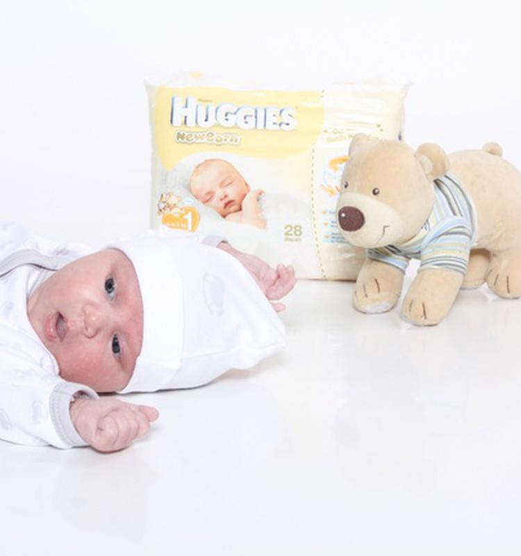 10 savaitė: mažylis aptinka savo rankytes ir kojytes