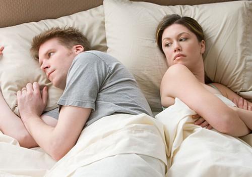 Tarp mūsų mergaičių: 4 priežastys, kodėl dingsta seksas
