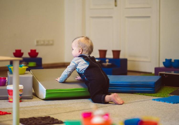 5 lavinantys žaidimai su mažyliu namuose
