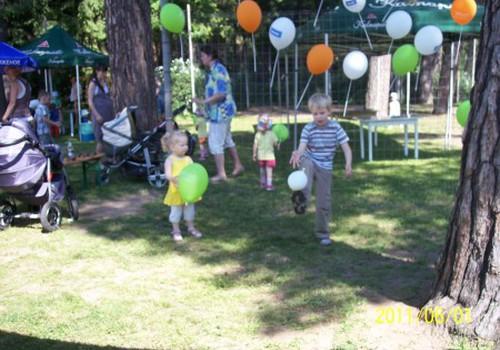 """Tarptautinę vaikų dieną apsilankėme """"Pušyno kelyje"""""""