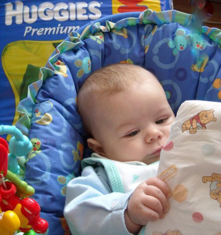 Huggies - žaidimams ir miegeliui