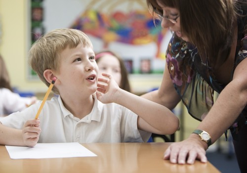 Vaikas ir užsienio kalba - nuo kada?