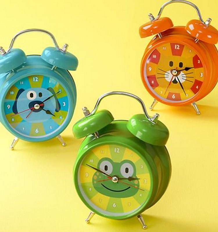 Tiku taku laikrodukas: kaip padėti vaikučiui pažinti valandas