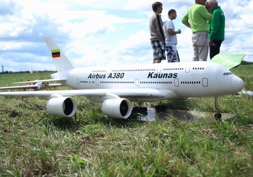 Keliaujam į Aviacijos šventę
