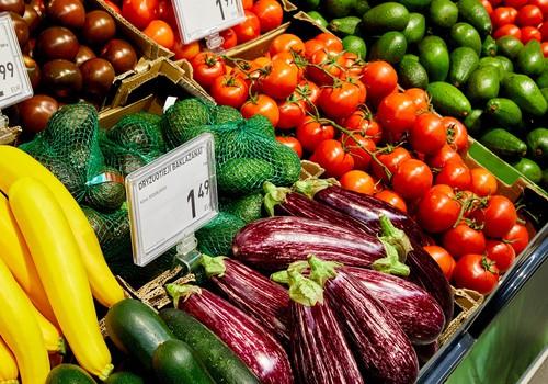 Grilio patiekalai vegetarams: nuo pikantiškų daržovių iešmelių iki netradicinių desertų