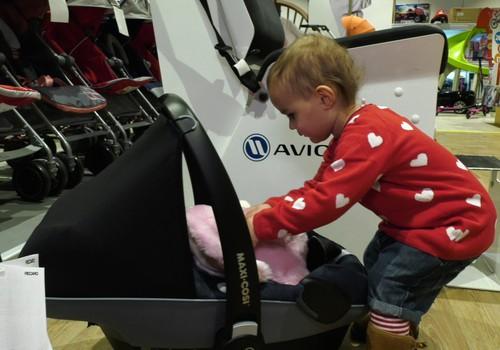 VIDEO: Renkame autokėdutę mažyliui