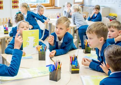 Kaip tinkamiausią mokyklą išsirinkti kartu su vaiku?