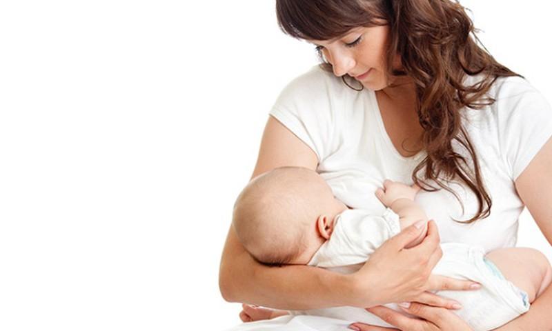 Ar normalu žindyti kūdikį kas valandą?