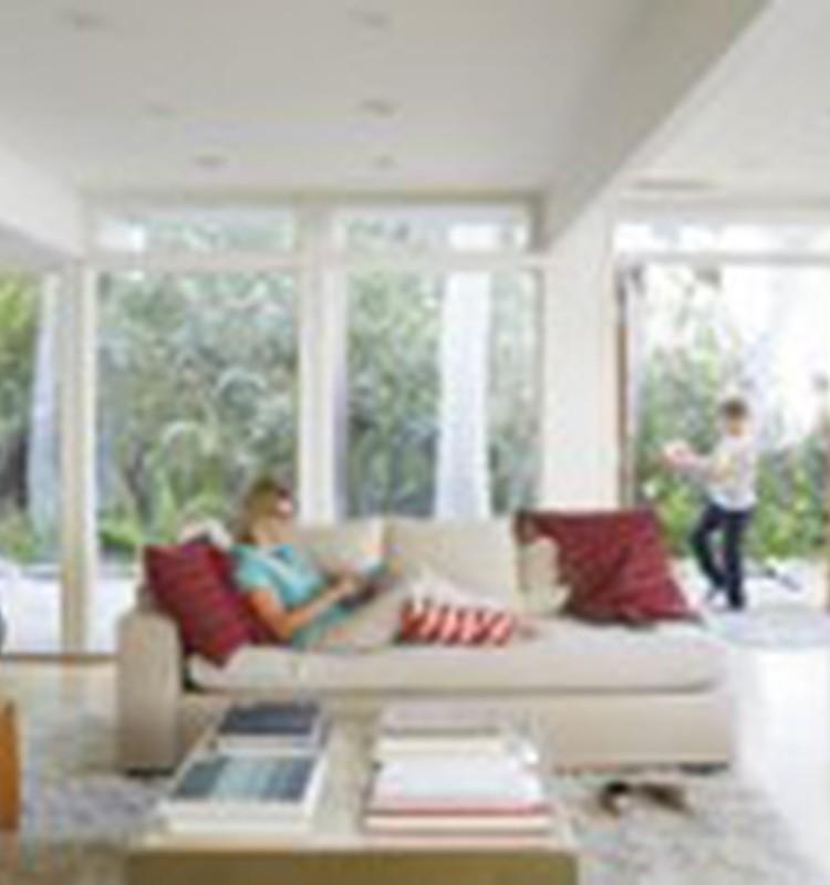 Apklausos rezultatai: Naujausiomis technologijomis aktyviai naudojasi 75% MK šeimų!