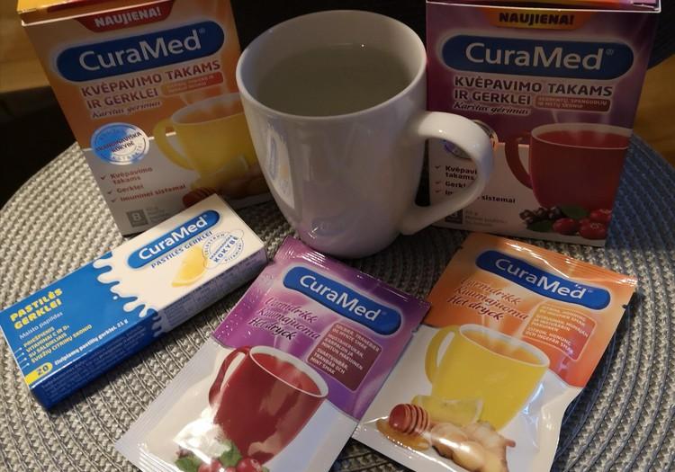 Išbandome CuraMed pastiles ir karštus gėrimus