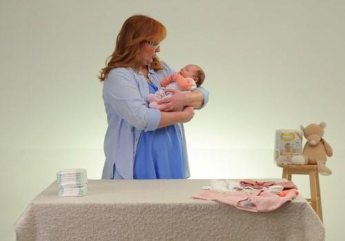 """VIDEO """"Kūdikis ant tavo rankų"""": kaip aprengti mažylį?"""