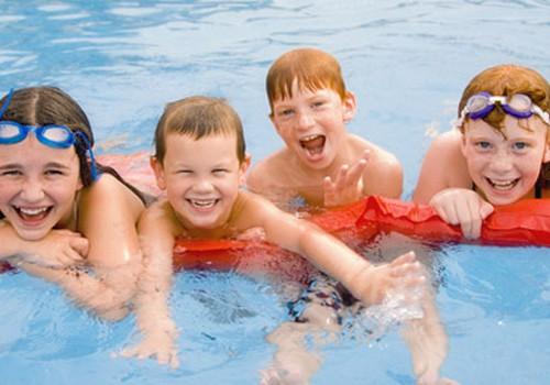 Saugumas su vaikais vandenyje: ką verta atminti?