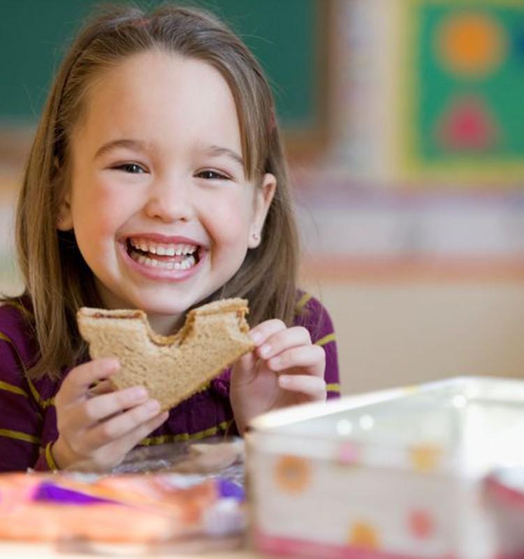 Ką daryti, jei vaikas darželyje nevalgo?