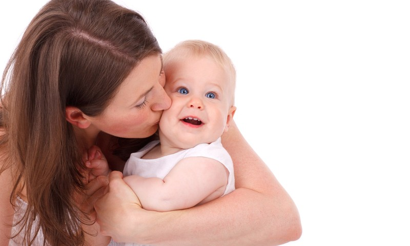 """""""Iššūkiai mamai"""" pirmoji užduotis - prisilietimai"""