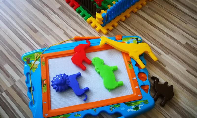 Vienas žaislas - keli žaidimai