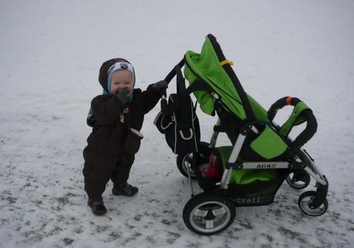 Pasivaikščiojimas su kūdikiu rudenį ir žiemą