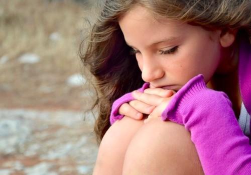 Seksualinę prievartą vaikai dažniau patiria iš pažįstamų žmonių