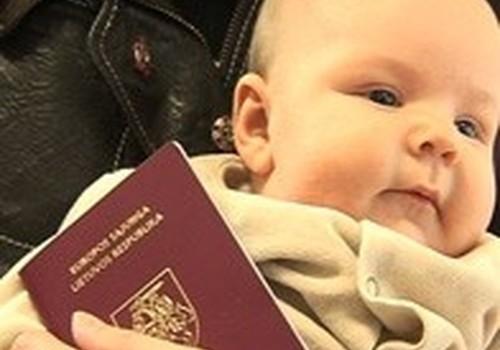 Keliaujant svetur – laiku pasirūpinkite vaiko dokumentais