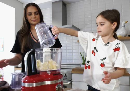 TV Mamyčių klubas 2018 04 22: kuo naudingi šokiai su kūdikiu, sausainiai pusryčiams, oro vonių svarba ir pavasariškos mados