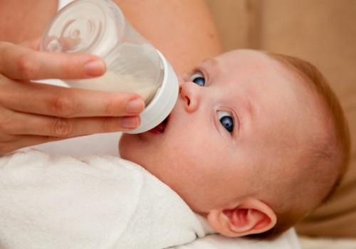 Ar galima kūdikiui duoti ir savo pieno, ir mišinio?