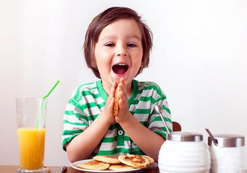 Vaikų pusryčiai: ką turėtų žinoti tėvai?
