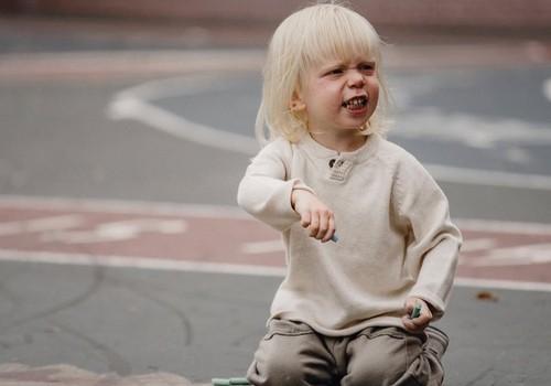 Kodėl maži vaikai kartais būna agresyvūs: 6 priežastys