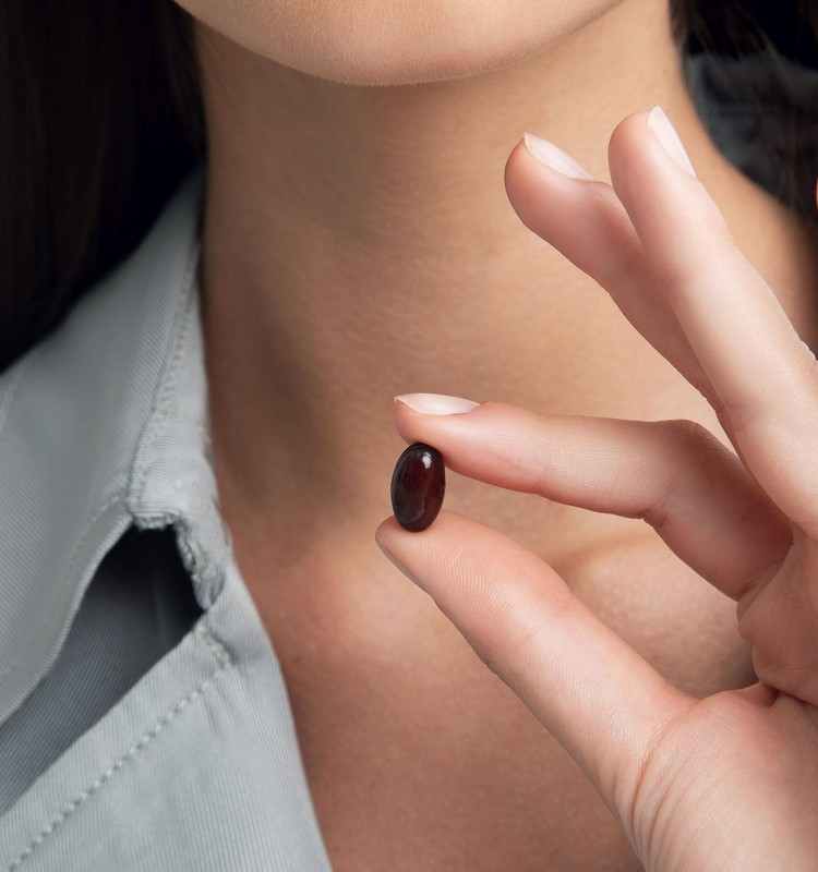 Jaunatvišką odos išvaizdą padeda išlaikyti tinkama priežiūra ir grožio kapsulės