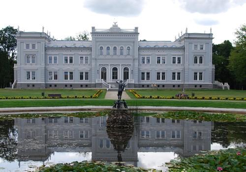 Vasaros gidas: kunigaikščių rūmai.. šaltasis karas.. nuostabi gamta..  - visa tai ŽEMAITIJA