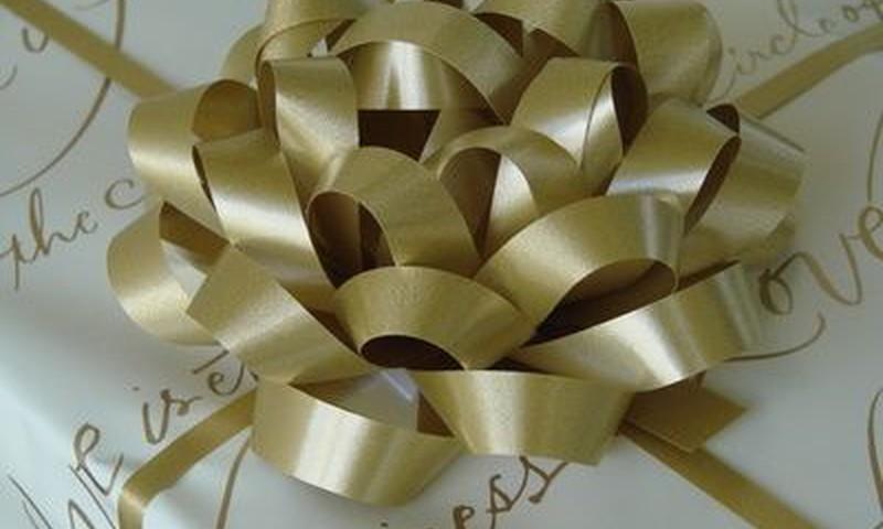 Tėvų vestuvių metinės: ką dovanoti?