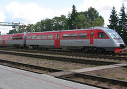 Ar patogu su vaikais keliauti traukiniais Lietuvoje?