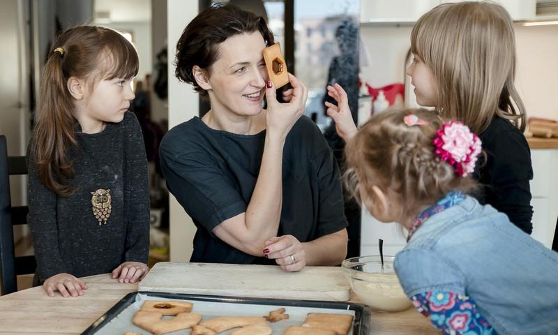 """Aktorė Kristina Savickytė: """"Vaikai – geriausias būdas ugdyti suaugusiųjų kūrybiškumą"""""""