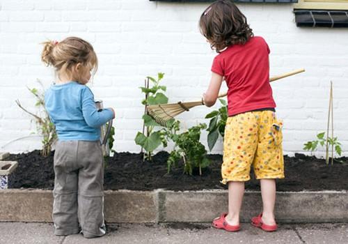 Ką daryti, kad vaikas susidomėtų sodininkyste?