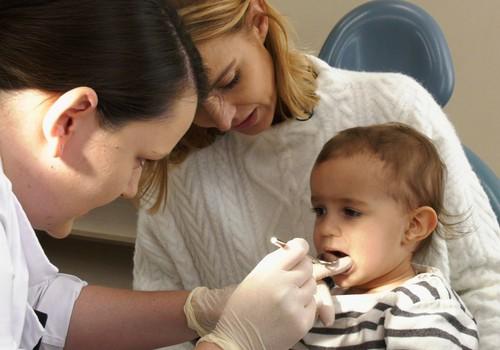 VIDEO: Marijos pirmasis vizitas pas odontologą