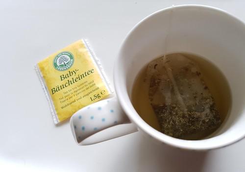 Prie arbatos puodelio apie LIVINN produktus kūdikiams
