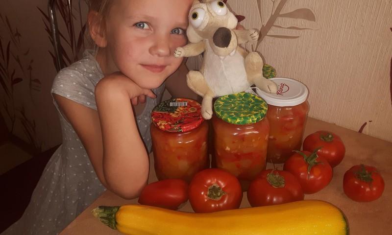 Augustės dienoraštis: daržovių troškinys žiemai arba kaip nemėgiami pomidorai tampa labai skanūs