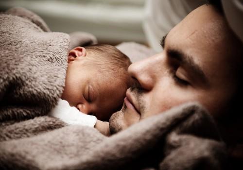 Nuo liepos – tėčiai tėvystės atostogų galės išeiti bet kada