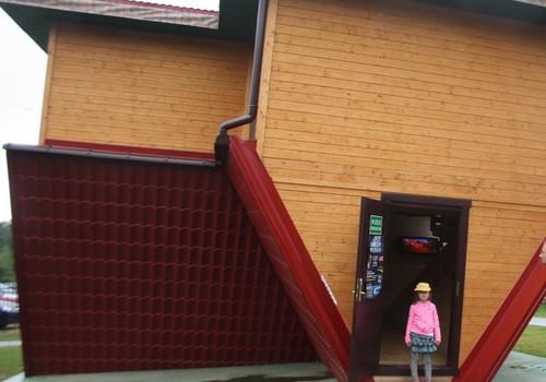Atvirkščias namas - Lenkijos vizitinė kortelė