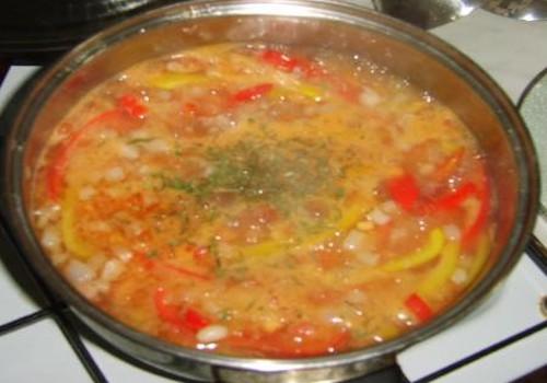 Sočioji pupelių sriuba
